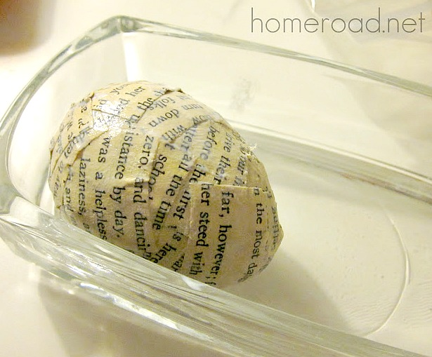 book page Easter Egg DIY