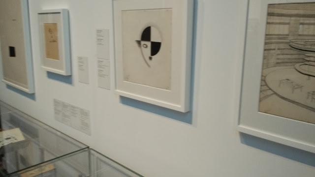 Cuadro artístico basado en la icónica imagen de Charlot, el personaje que popularizó Charles Chaplin