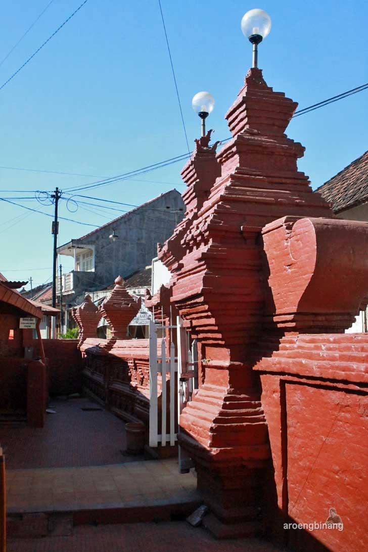 masjid merah panjunan cirebon