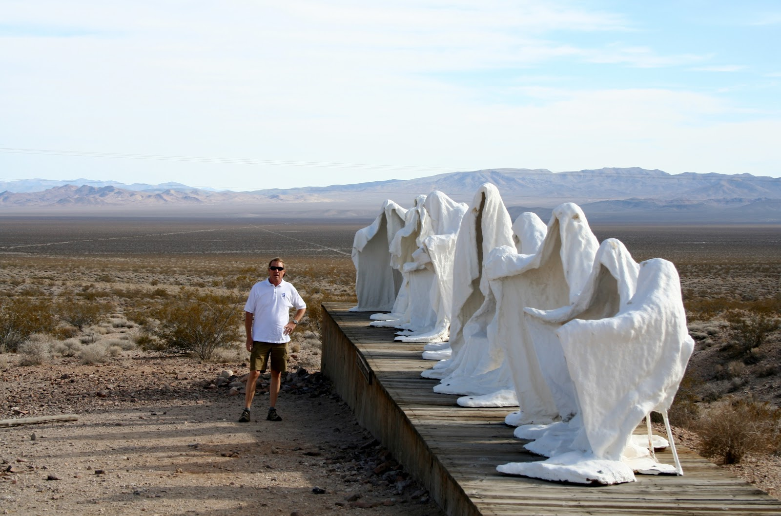 Joe, Diane, & Mallerys Big Adventure - Modern Day Gypsies: Rhyolite, Nevada
