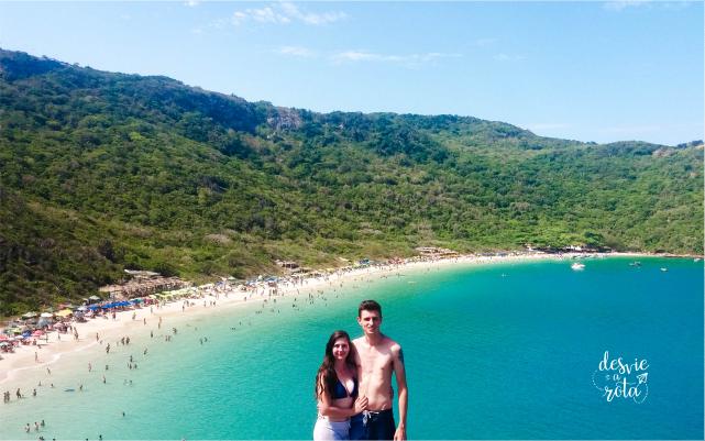 Casal no mirante da Praia do Forno