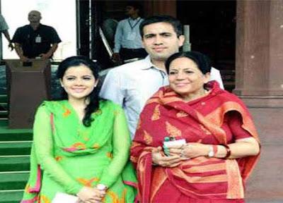 VIrbhadra Singh, virbhadra singh son, virbhadra family, Himachal Pradesh Chief Minister, Himachal CM, Enforcement Directorate, Delhi High Sourt