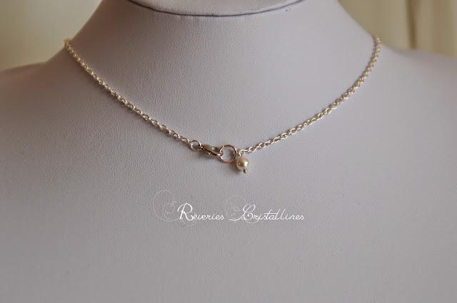 collier discret en argent et perles