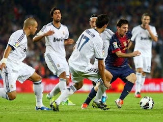 Foto Lionel Messi vs Real Madrid