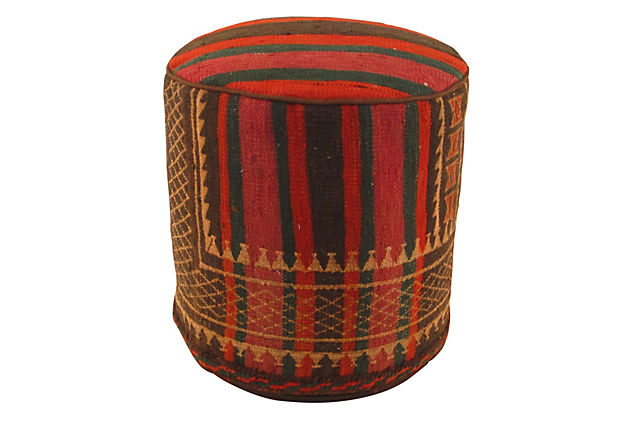 Let S Stay Ideas For Footrests Ottomans Stools Poufs