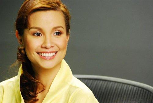 larawan ng mang-aawit na si Lea salonga