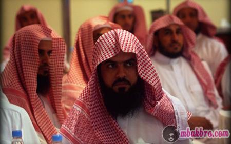 polisi anti sihir di Arab