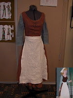 Cinderella Peasant Dress Tutorial from Ver's Corner