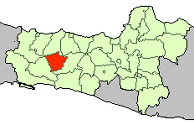 Purbalingga merupakan salah satu kabupaten yang masuk dalam wilayah Provinsi Jawa Tengah Peta Kabupaten Purbalingga Lengkap 18 Kecamatan