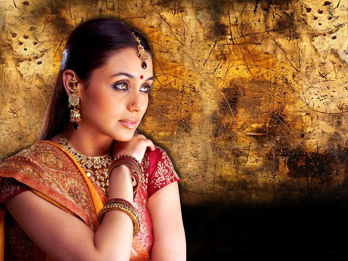 Hd Wallpaper Rani Mukherjee Sexy photo gallery hot #Mukherjee