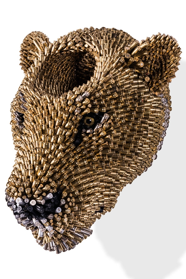 12-Tiger-Federico-Uribe-Killing-it-with-Bullet-Animal-Sculptures-www-designstack-co