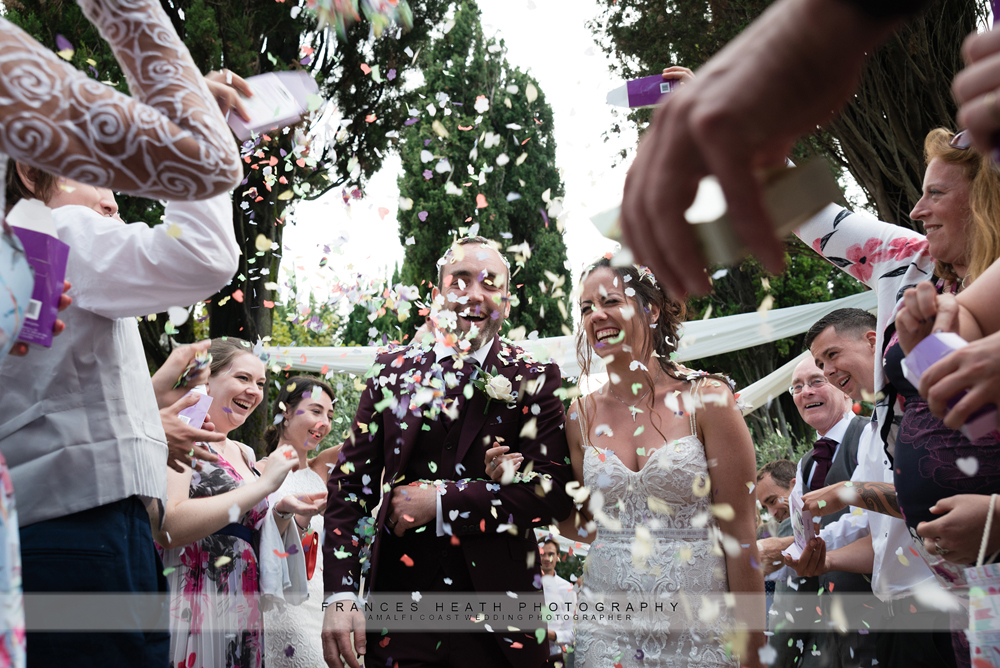 Wedding confetti Villa Eva