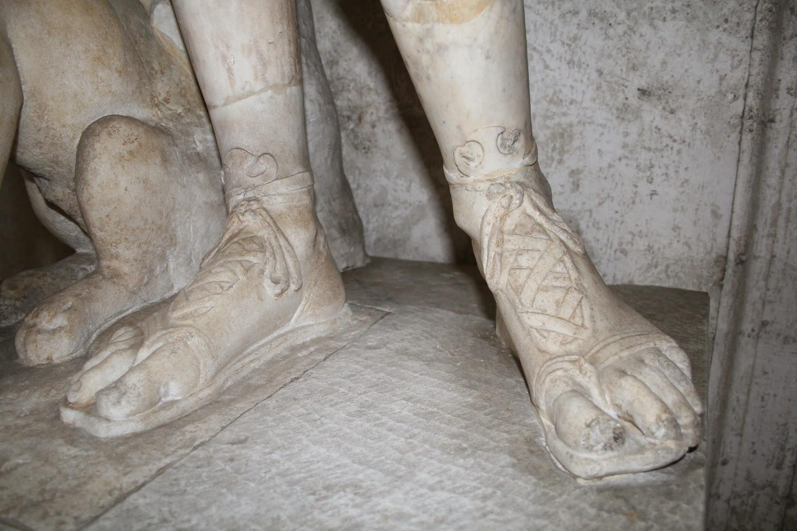 66a0b33a Calzado romano, Museos Capitolinos