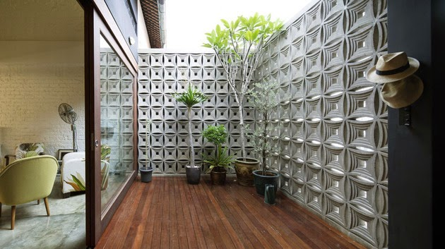 Ide desain tangga spiral ini dapat Anda gunakan jika Anda memiliki rumah kecil dan ingin membuatnya menjadi dua lantai. & Ide Memaksimalkan Desain Interior Rumah Kecil - Rancangan Desain ...