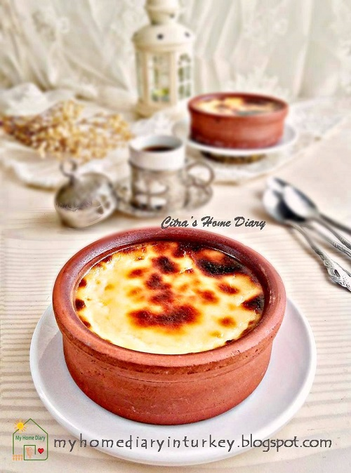 This dessert well know from city of Bursa, where I am living. Everybody know and love this milk pudding. Every kids grow up with this simple yet delicious dessert. Beside Fırın Sütlaç or other sweets, this süt helvası is always on iftar menu in every Turkish family.
