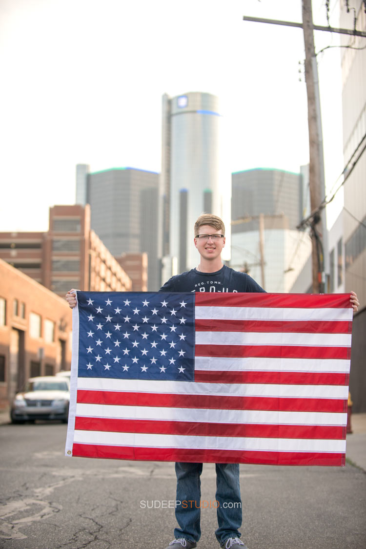 American Flag High school Senior Picture ideas - Sudeep Studio.com Ann Arbor Photographer