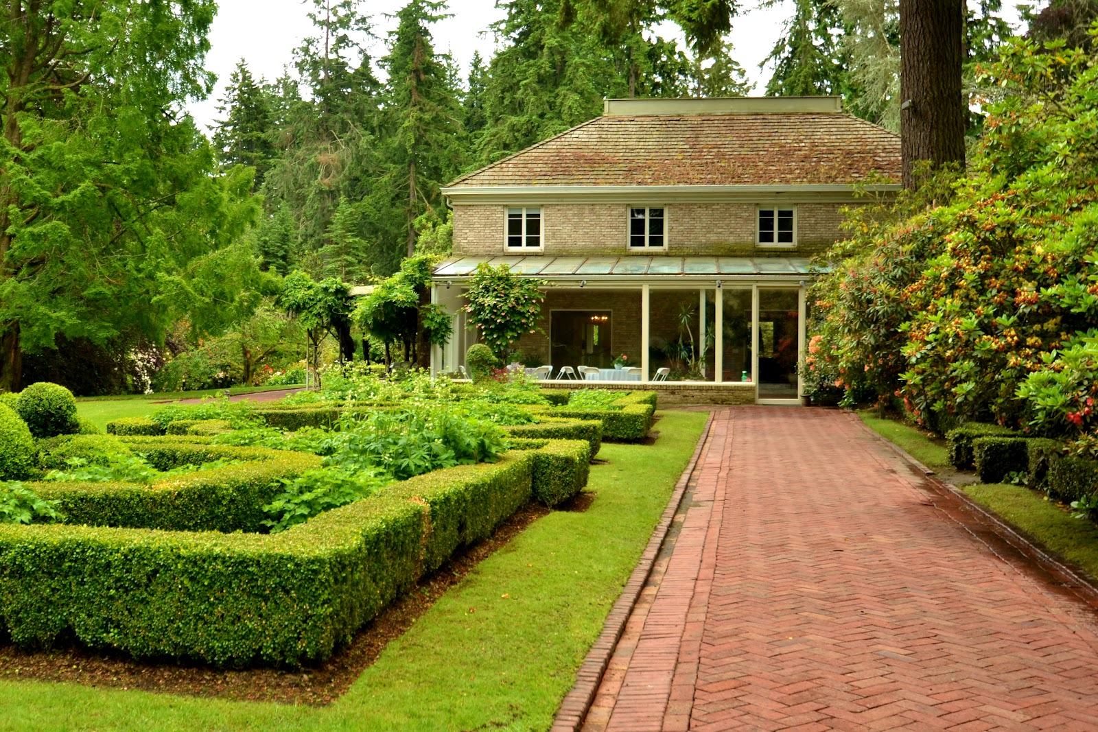 Tacoma Back Pages >> Bonnie King Photography: As I See It: Lakewold Gardens ...