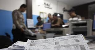Kenaikan Biaya STNK hingga 3x lipat Dicurigai untuk Selamatkan Kekuasaan Jokowi