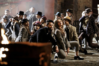 Shahid Kapoor and Alia Bhatt performing a dance number in Shaandaar, Directed by Vikas Bahl