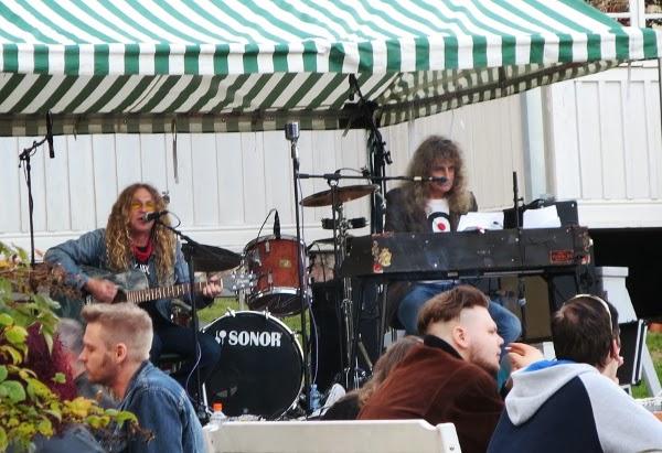 cover bändi