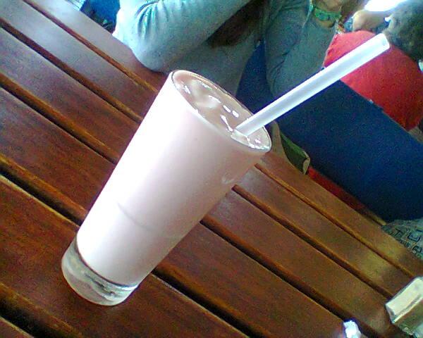 Sandown Blue   Strawberry Milkshake