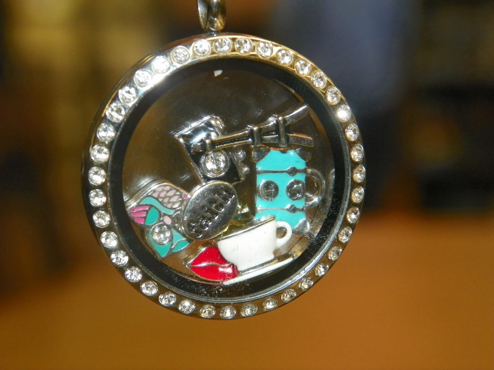 Rachel's Junk in the Trunk: Origami Owl Jewelry - Vision Board - photo#28