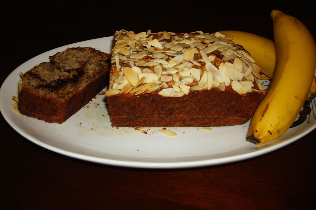 Cooking in the Desert: Banana bread filled with Nutella