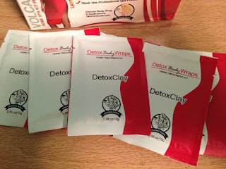 packets of detox clay from Slimmin Suzie Detox Body Wraps