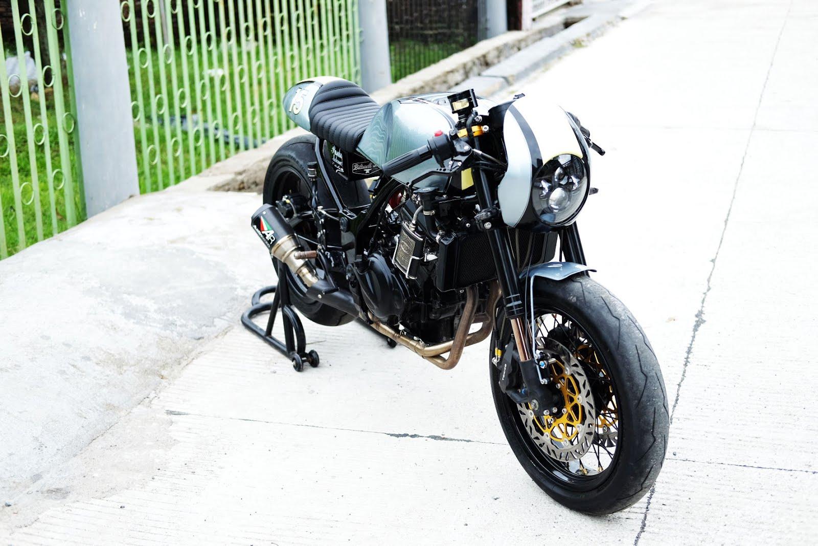 Kawasaki Ninja 250cc Cafe Racer 3