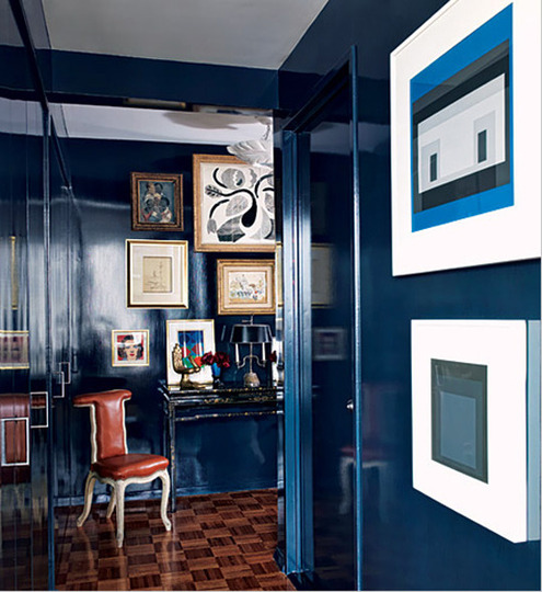 gloss walls blue