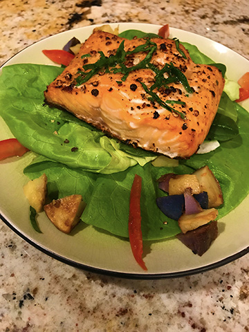 Baked Salmon on Butterhead lettuce