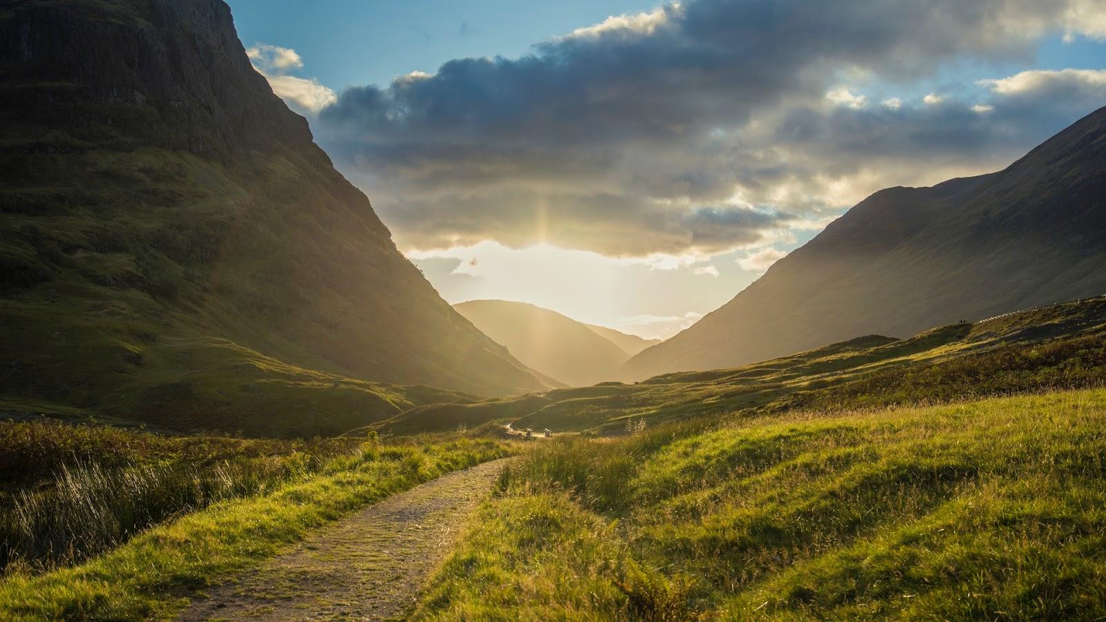 Wschód słońca w Szkocji