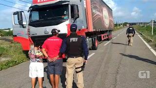 IMPRUDÊNCIA: Criança de 9 anos é flagrada dirigindo carreta em BR no RN.