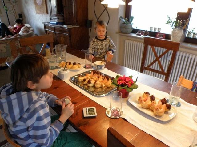 Leben in der Großfamilie - Eclairs mit Vanillecreme