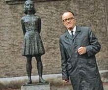 Victor Kugler Anne Frank worldwartwo.filminspector.com