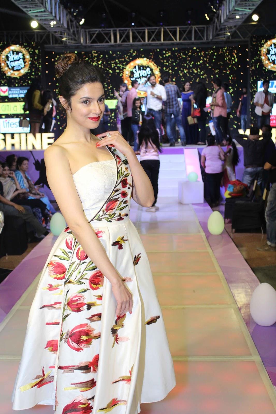 Divya Khosla Kumar beautiful, Divya Khosla Kumar gorgeous, Divya Khosla Kumar age, Divya Khosla Kumar profile