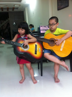 piano fun lớp dạy học đàn ghi ta ghita guitar