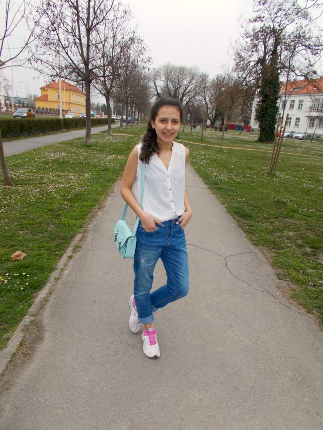 fashion with valentina,fashion with valentina blog,valentina batrac,fashion blogger valentina,teen fashion bloggers,fashion bloggers,fashion bloggers style,outfits with boyfriend jeans,white shirt and boyfriend jeans,croatian fashion bloggers,croatian fashion blogs,hrvatski fashion blogovi,outfits with white shirt,outfits with sneakers,casual outfits with sneakers,spring 2015 outfits,spring outfits