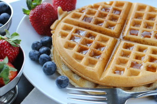Low-Calorie Waffle With Coconut Flour