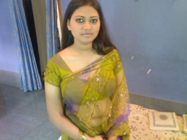 Desi Indian Bhabhi In Tight Salwar Kameez And Showing