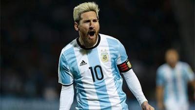 Messi dính chấn thương trong trận Argentina thắng Uruguay 1-0 hôm 2/9.