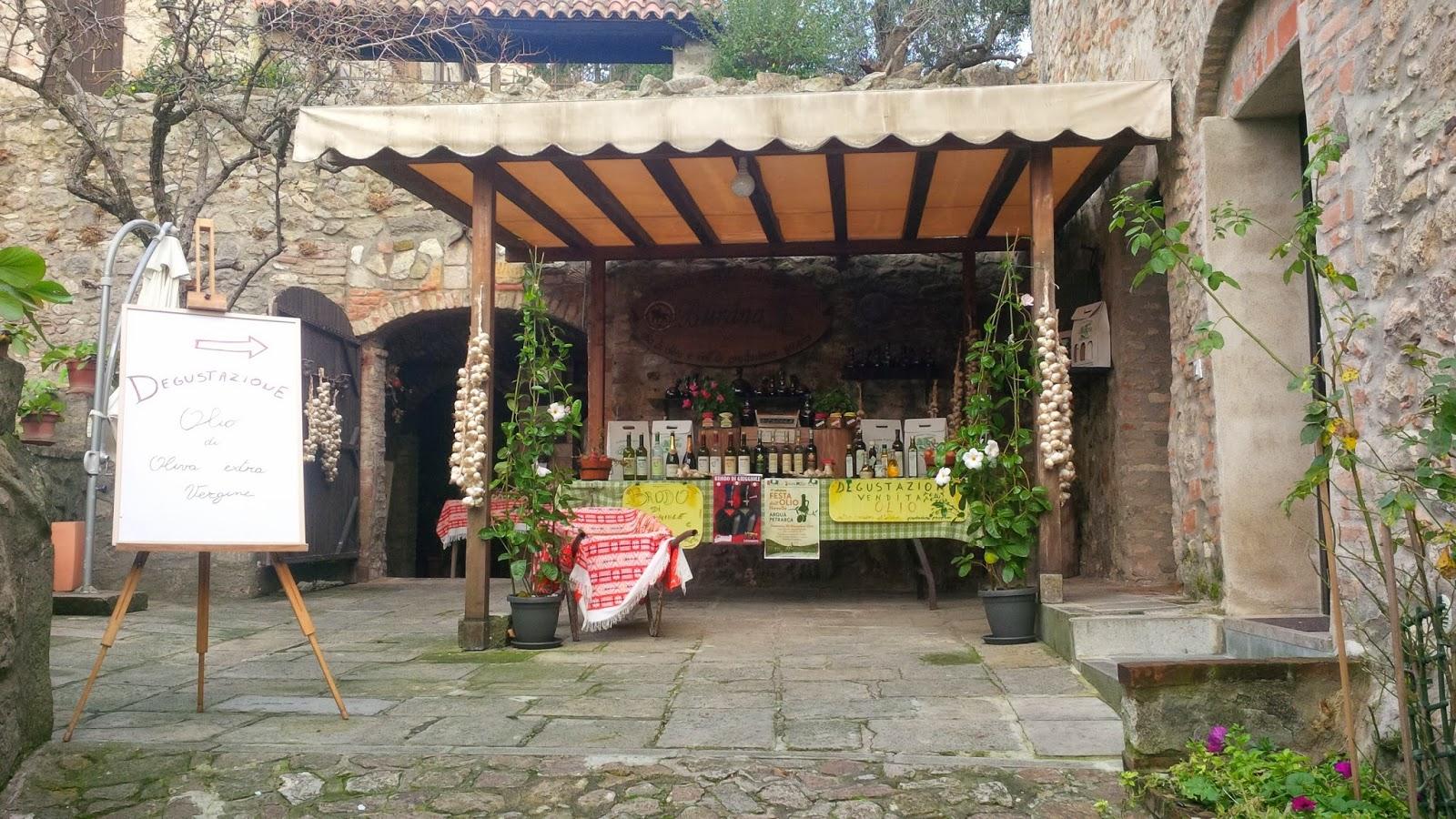 Oil tasting stall in Arqua Petrarca