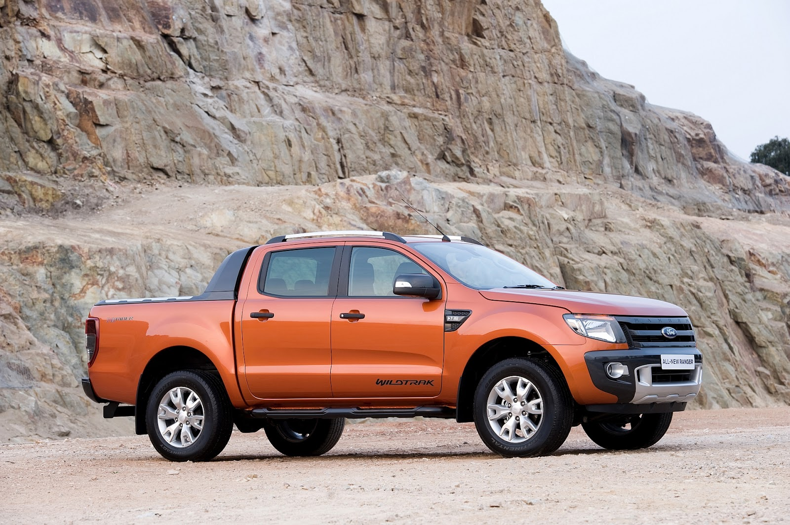 ford ranger gains automatic 39 box awesome cars ford. Black Bedroom Furniture Sets. Home Design Ideas