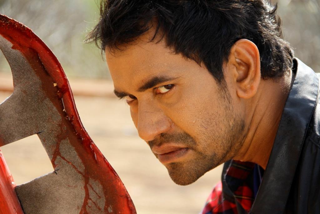 Dinesh Lal Yadav Nirhua- Bhojpuri Actor Wiki, Biography, Wife name