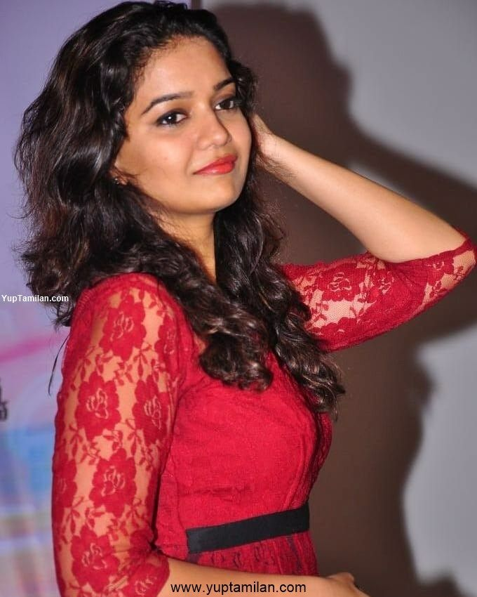 Swathi Reddy Hot Photos-HD Pictures