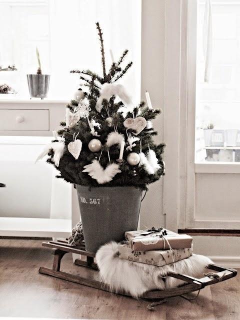 Interior relooking come addobbare la casa per natale - Addobbare le finestre per natale ...