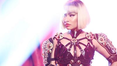 Nicki Minaj é a quarta artista feminina que mais vendeu na história da música, de acordo com a RIAA.