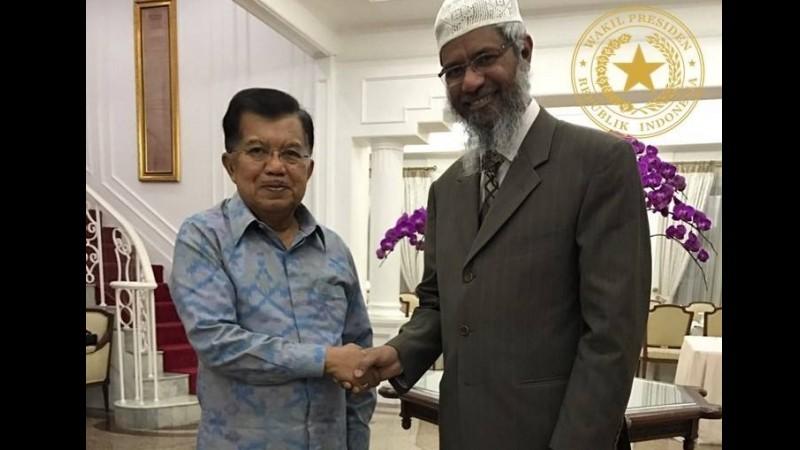 Jusuf Kalla menerima Zakir Naik di Istana Wapres