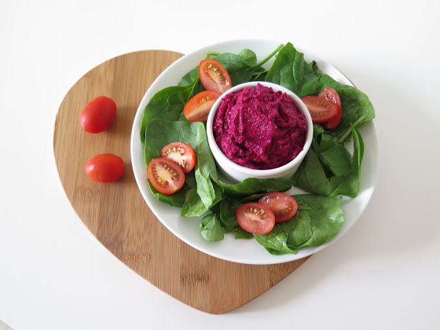 HCLF Vegan Beetroot and Mint Houmous