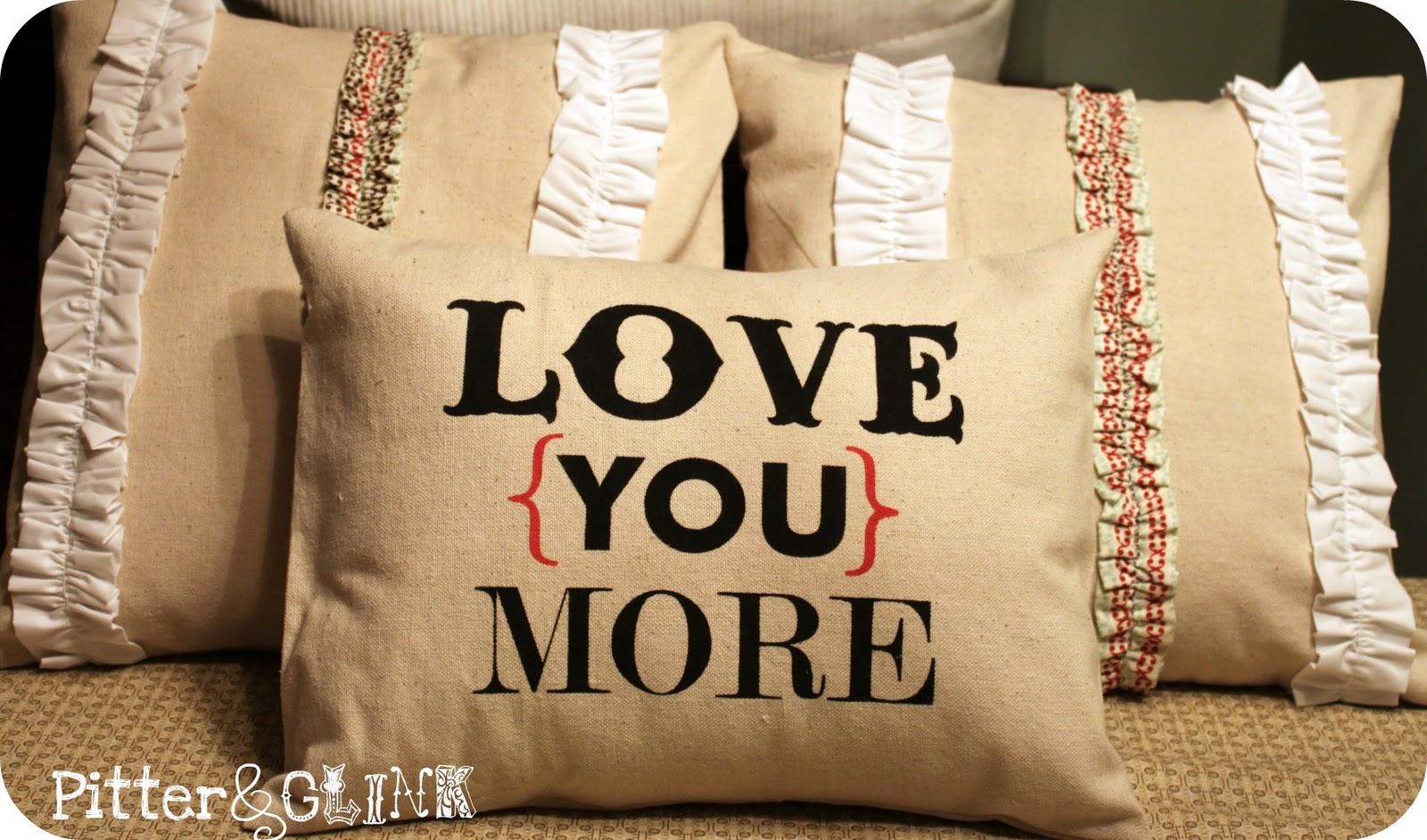 michelle paige blogs: Valentine Pillow Love